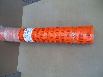 תמונה של רשת בטיחות כתומה פלסטיק